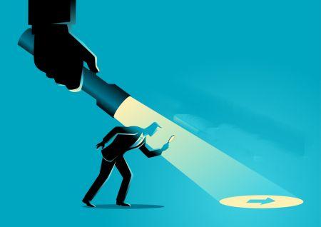 Trading pullbacks with hidden divergence at Binarium